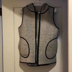 Lululemon reversible vest. Size 8.